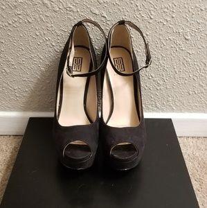 Shoedazzle Black Pumps